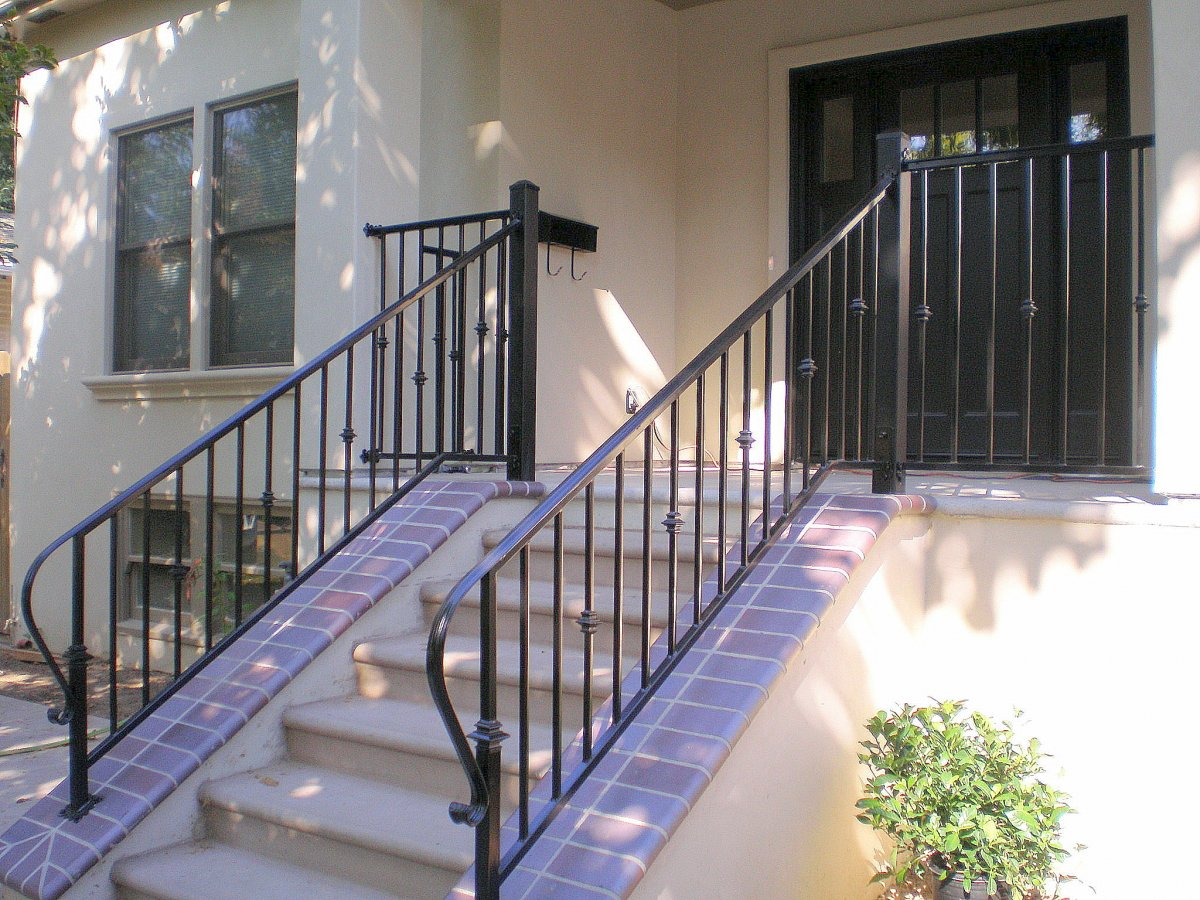 Image of: Iron Deck Railing Stairs