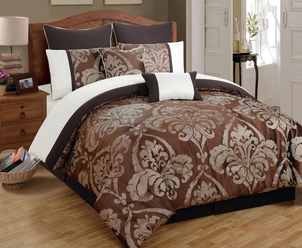 Image of: King Quilt Bed Sets