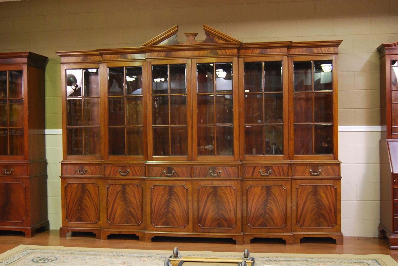 Image of: large china cabinets and hutches