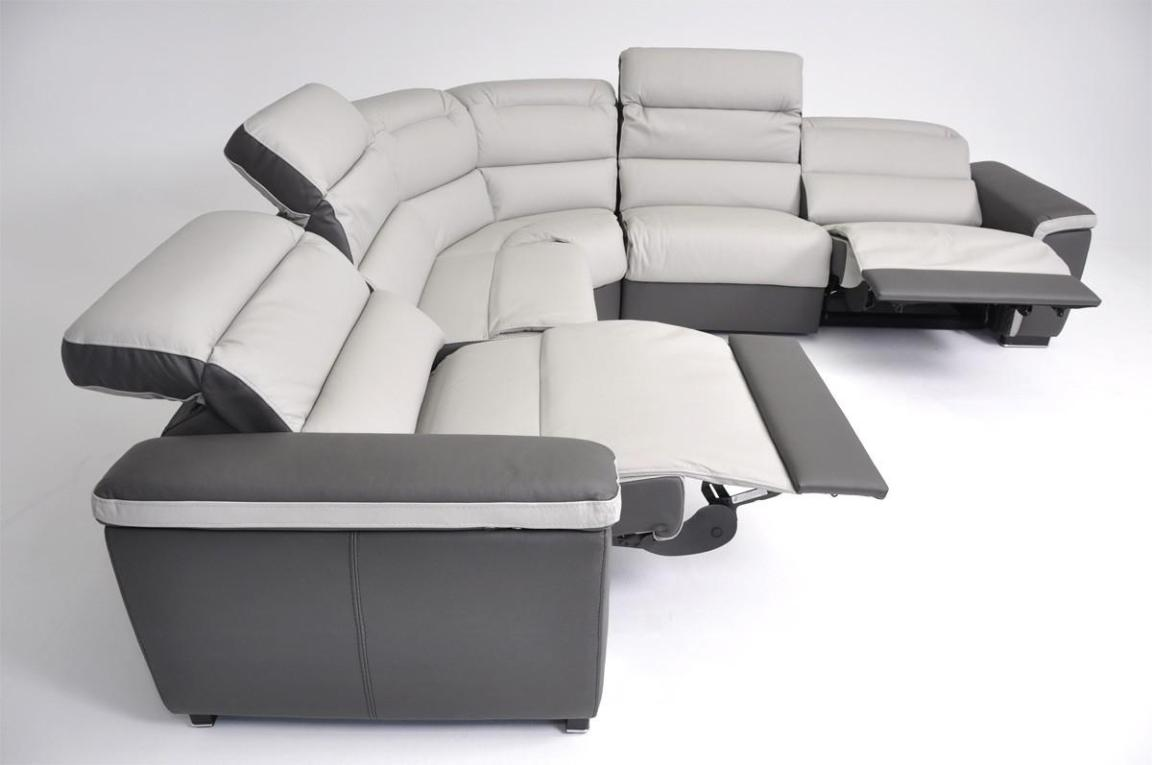 Image of: Large Sectional Sofas With Recliners