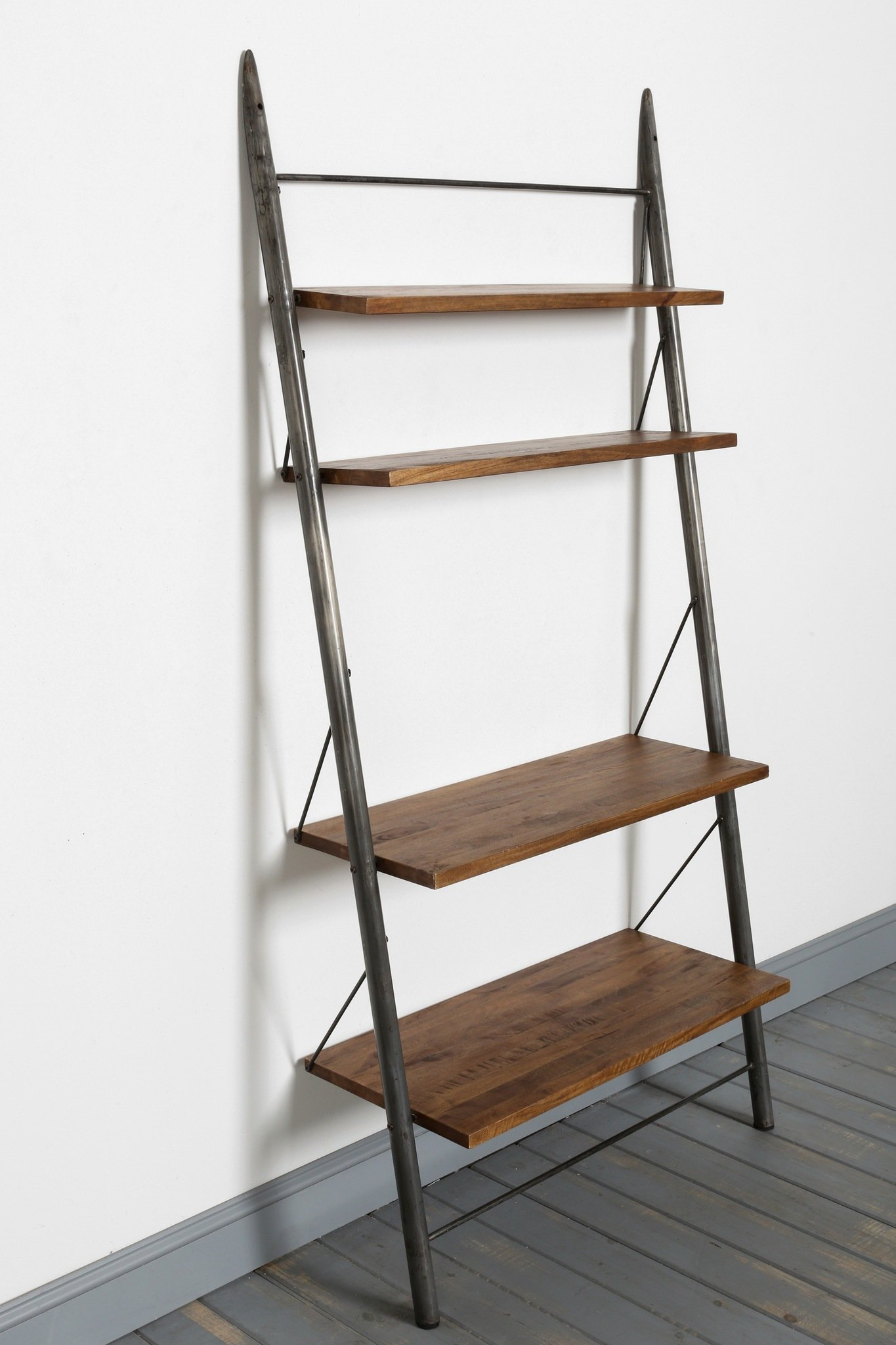 Image of: Leaning Bookcase Vintage