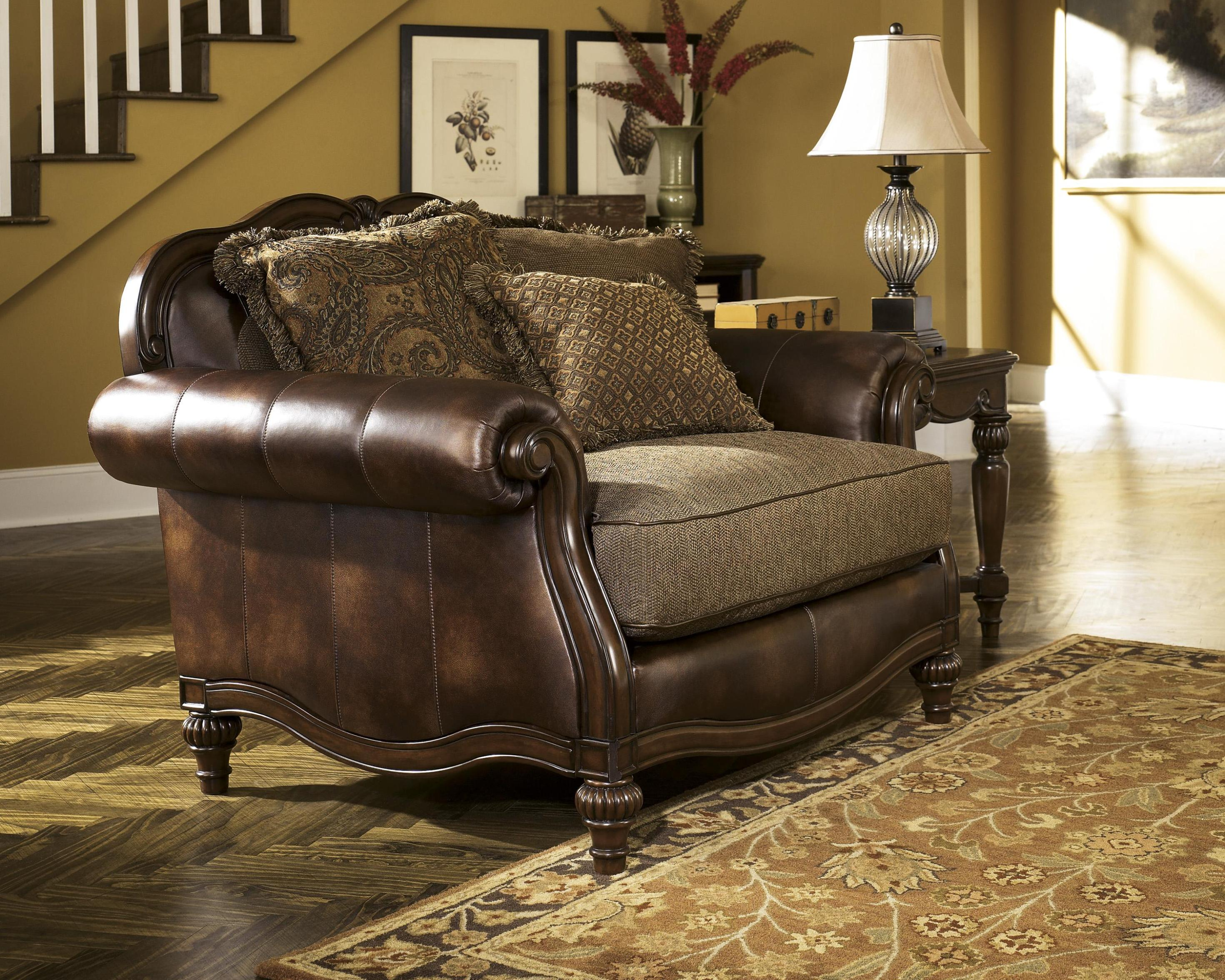 Image of: Leather Chair And A Half Recliner