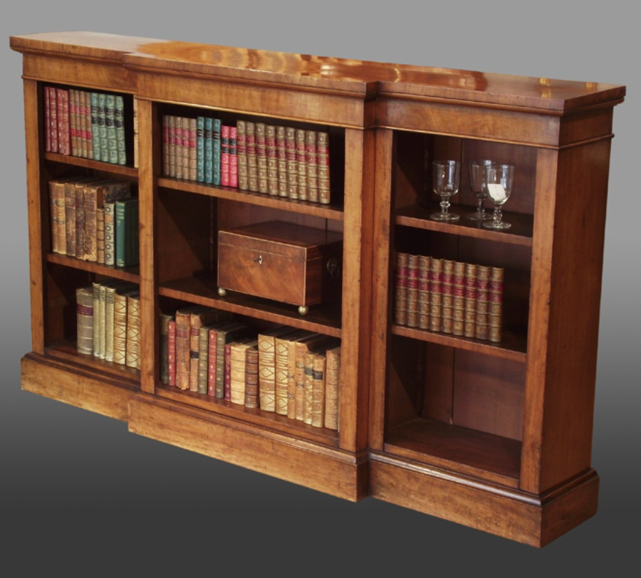 Image of: Mahogany desk and bookcase