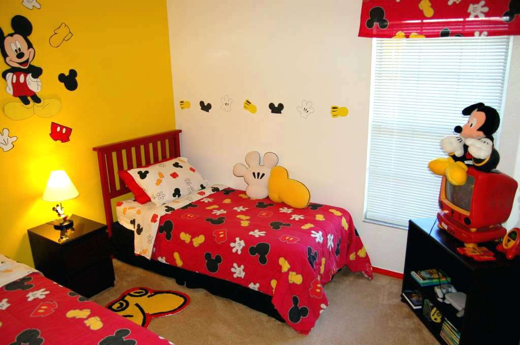 Image of: Mickey Mouse Room Decor Kit