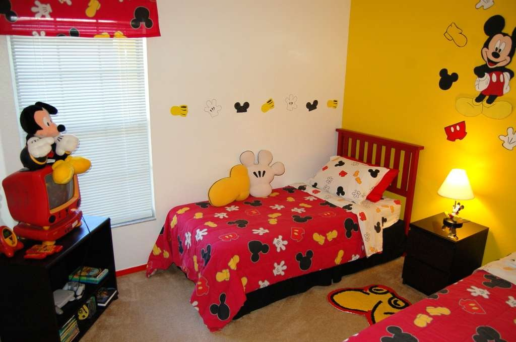 Image of: Mickey Mouse Room Decor
