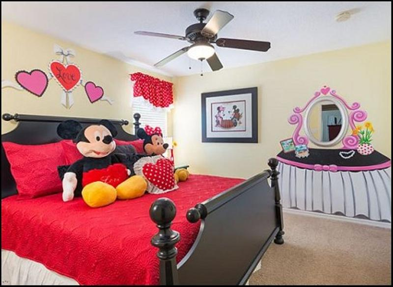 Image of: Mickey Mouse Room Decorating Ideas