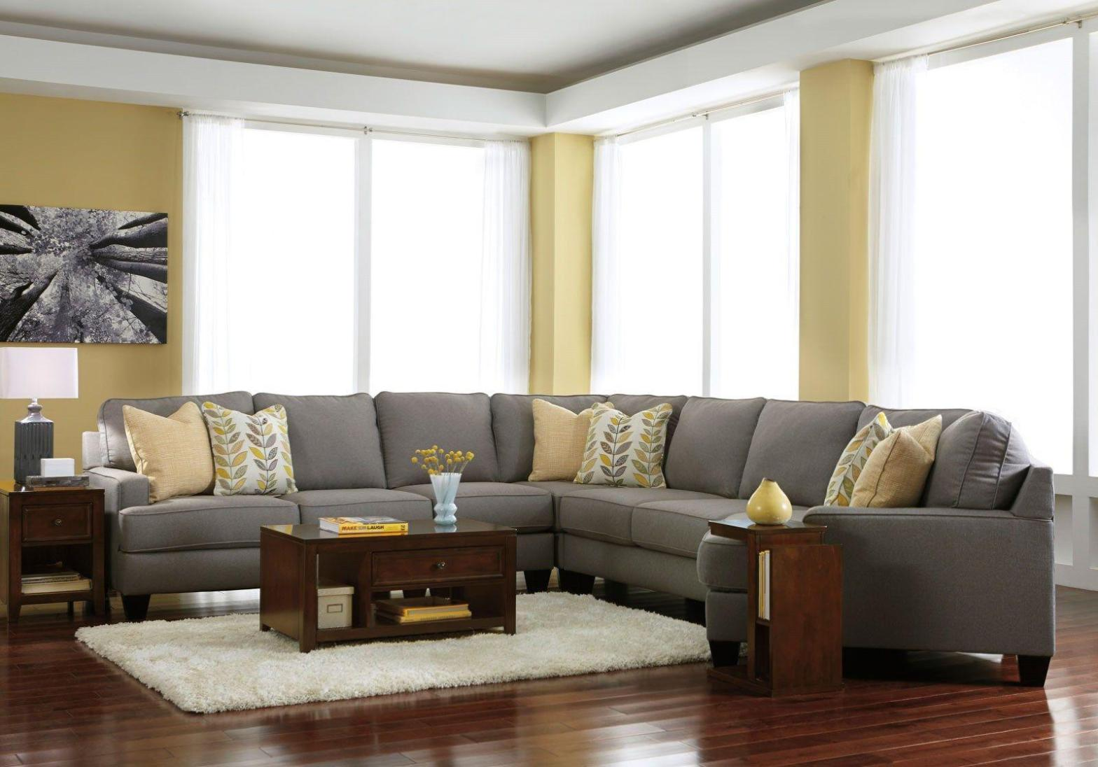 Image of: Microfiber Sectional Couch With Chaise