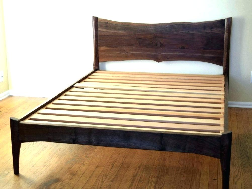 Image of: Mid Century Daybed Frame