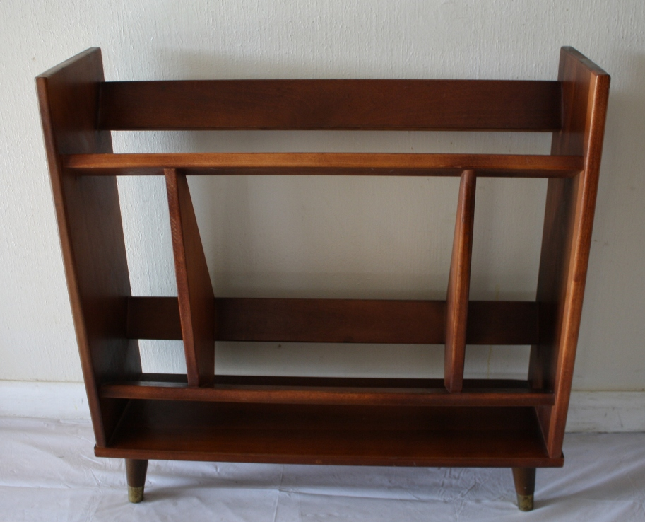 Image of: Mid century modern bookcase design