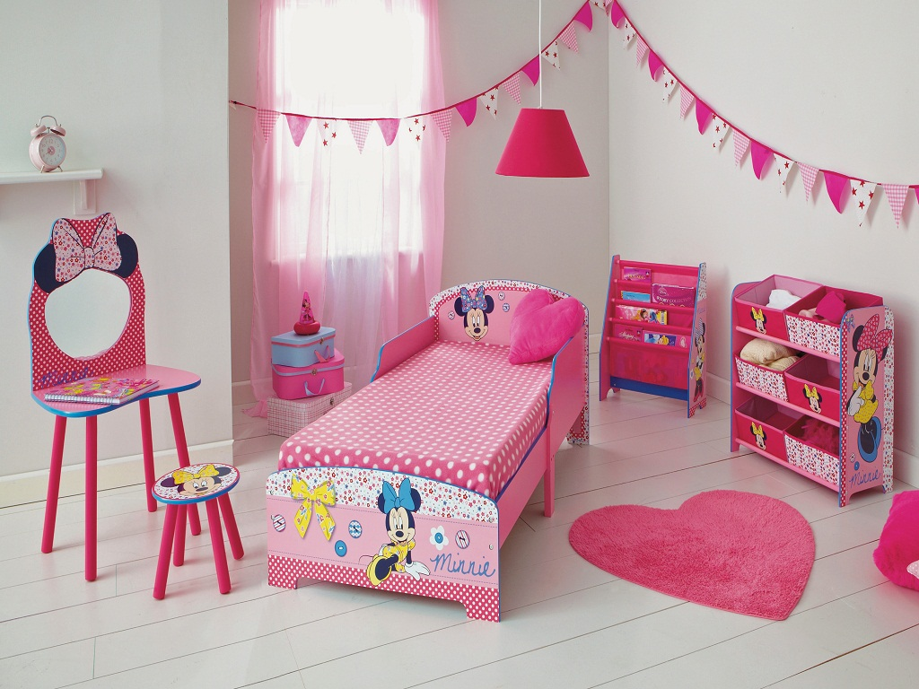 Image of: Minnie Mouse Bedroom Decor Uk