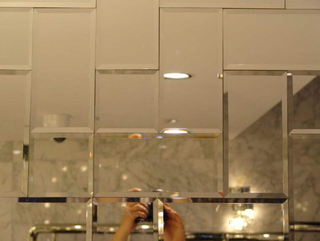 Mirror Wall Tiles with Gold