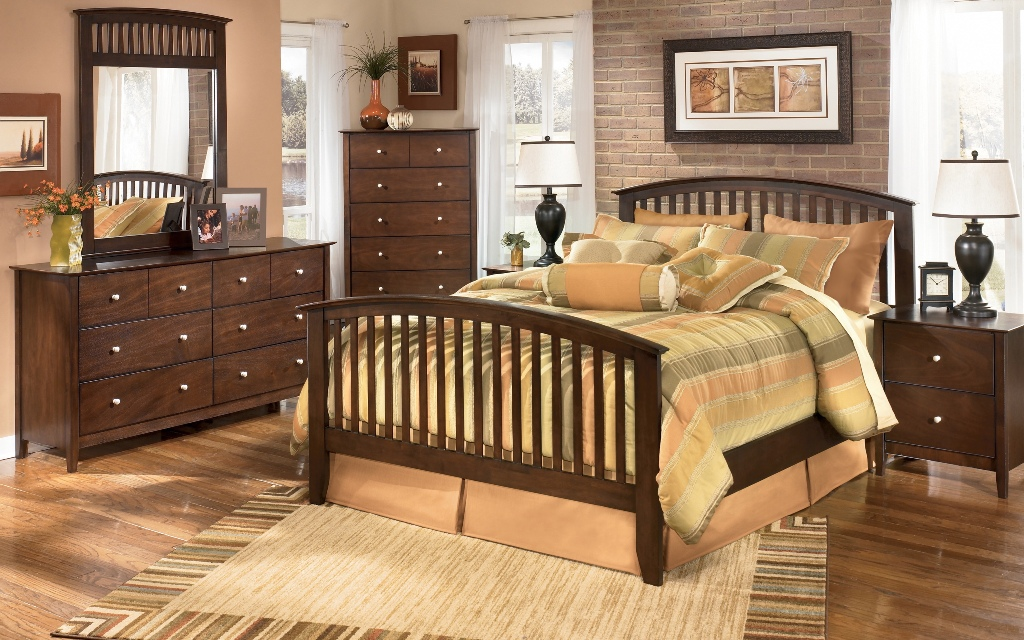 Image of: Mission Style Bedroom Furniture Cherry