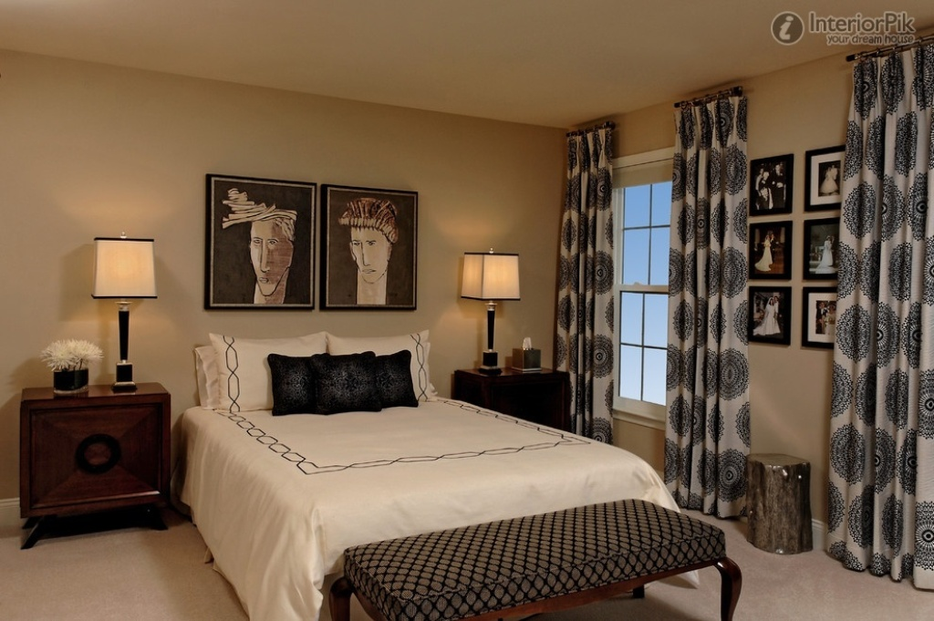Image of: Modern Bedroom Curtains Ideas