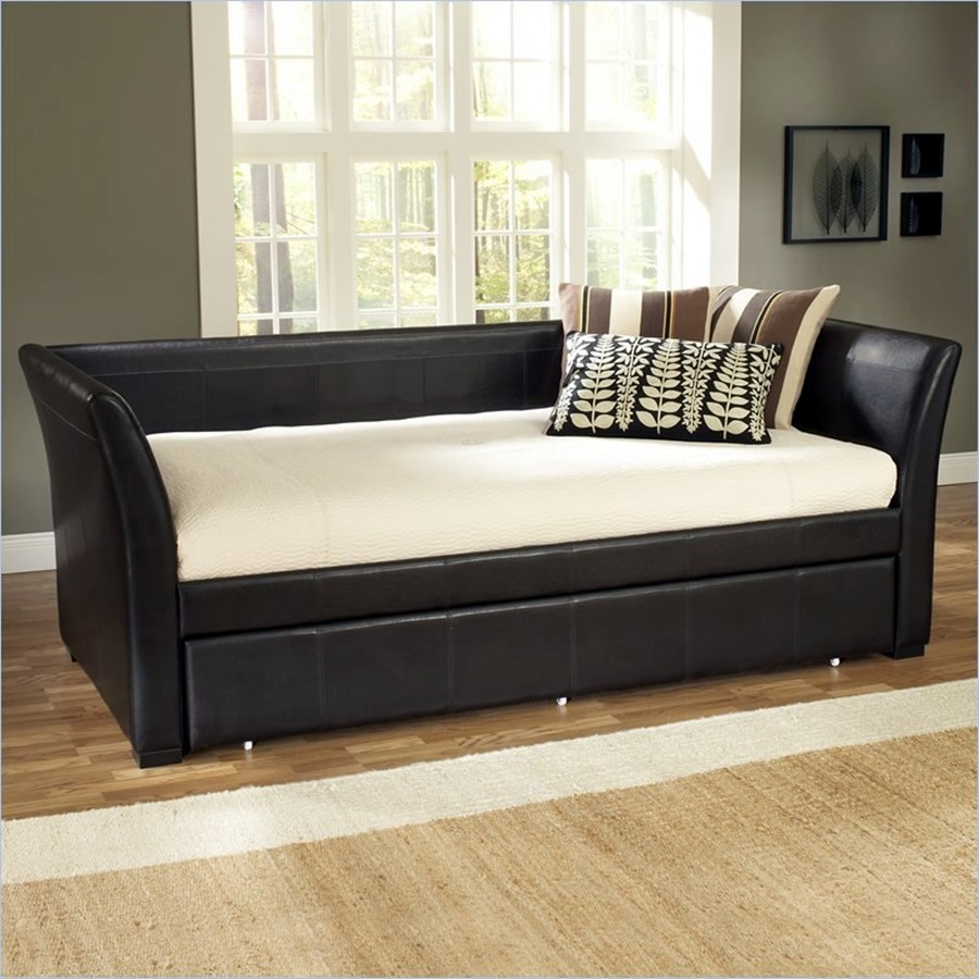 Image of: modern contemporary daybeds with trundle