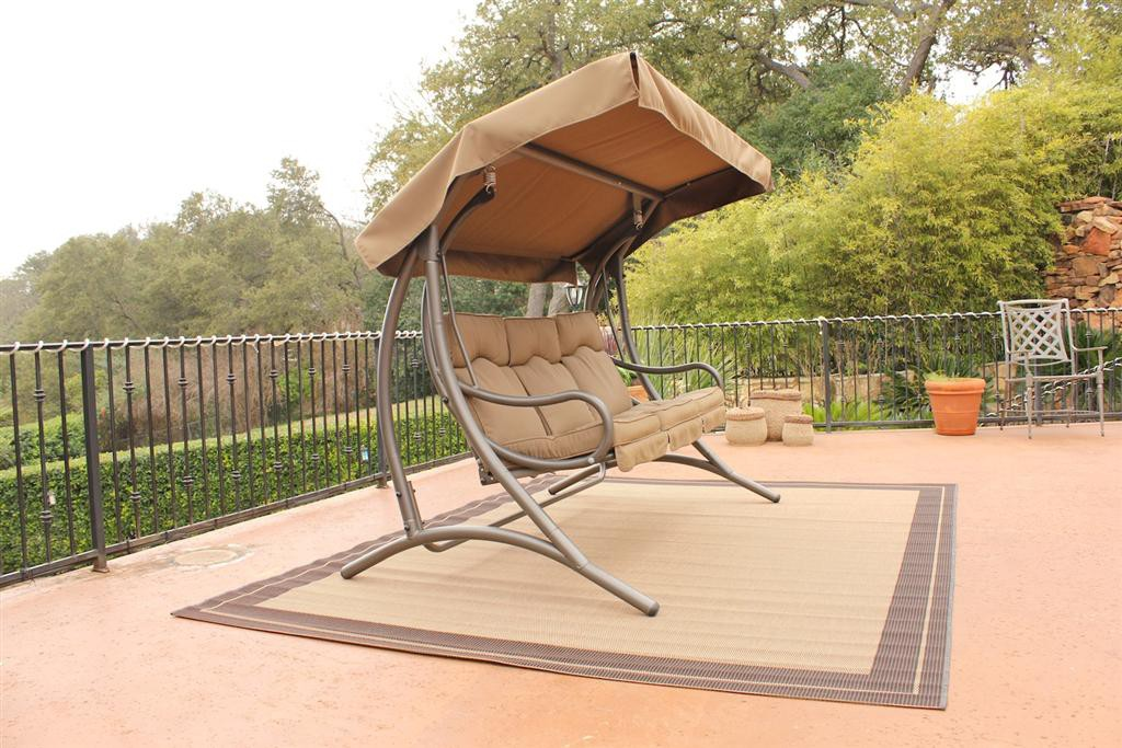 Image of: Modern Outdoor Glider with Canopy