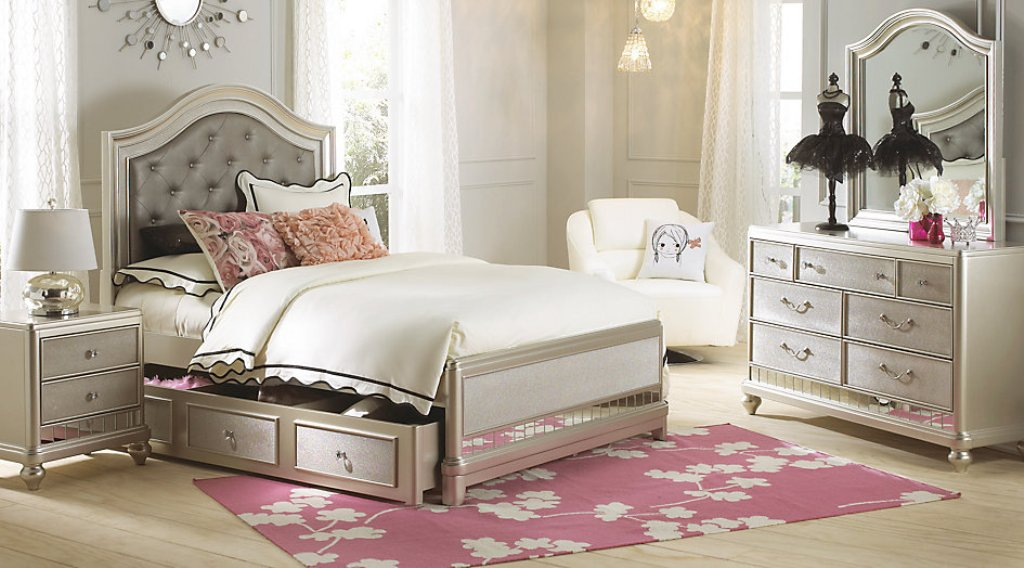 Image of: Modern Sofia Vergara Bedroom Sets