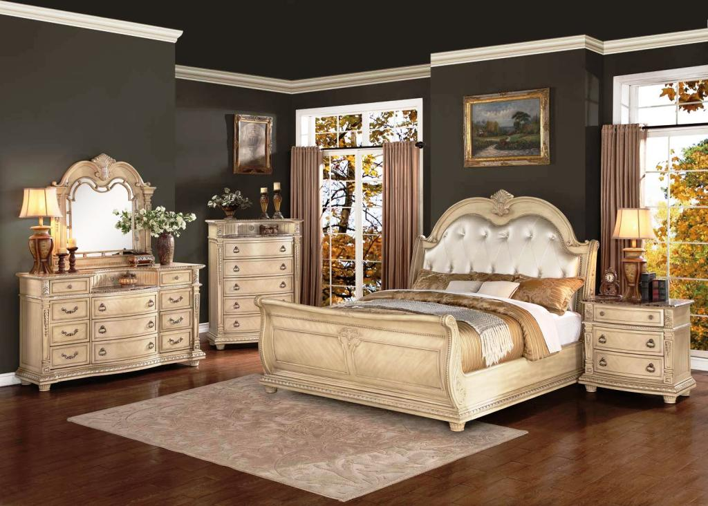 Image of: Modern Upholstered Bedroom Sets
