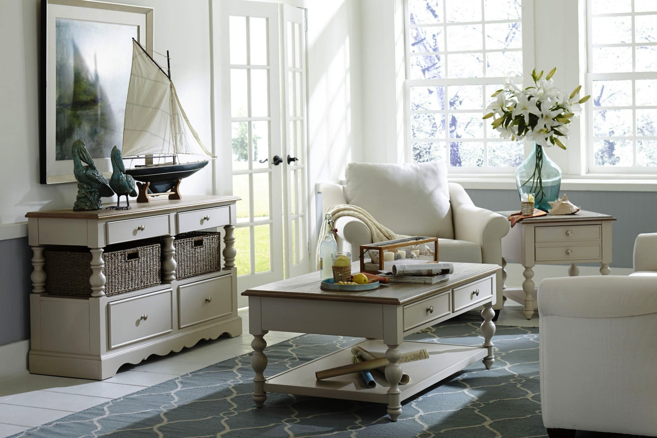 Image of: Narrow Chairside Table