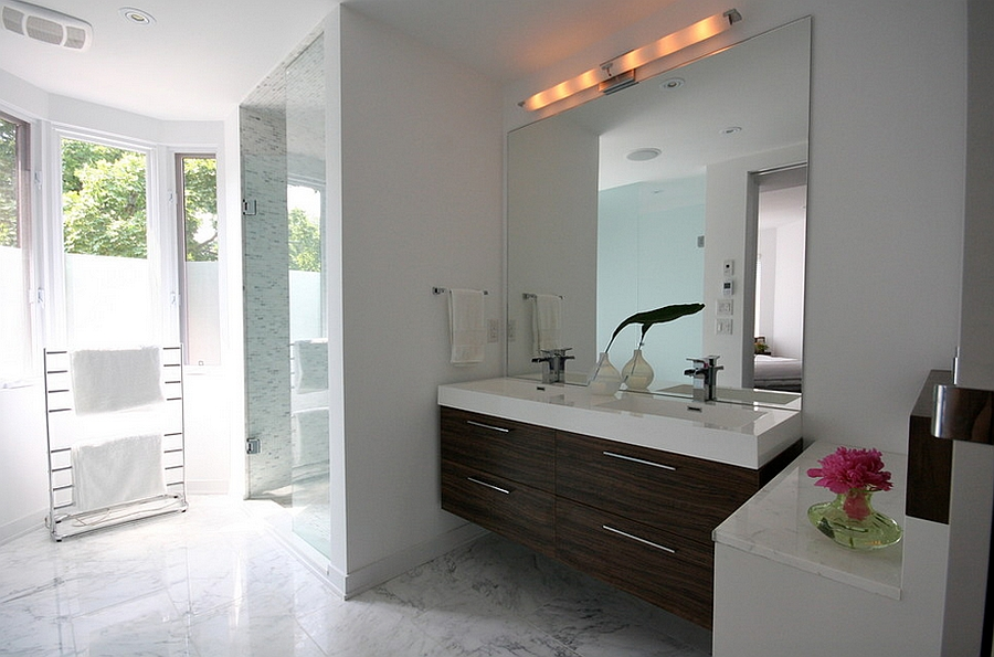Image of: Nice Vanity Wall Mirror