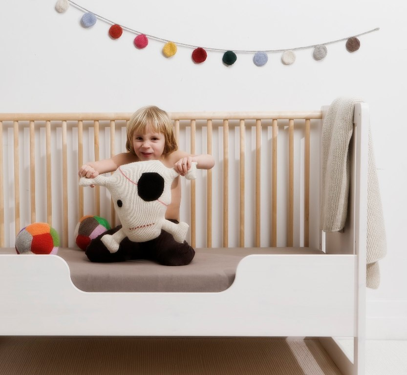 Image of: Oeuf Toddler Bed Used