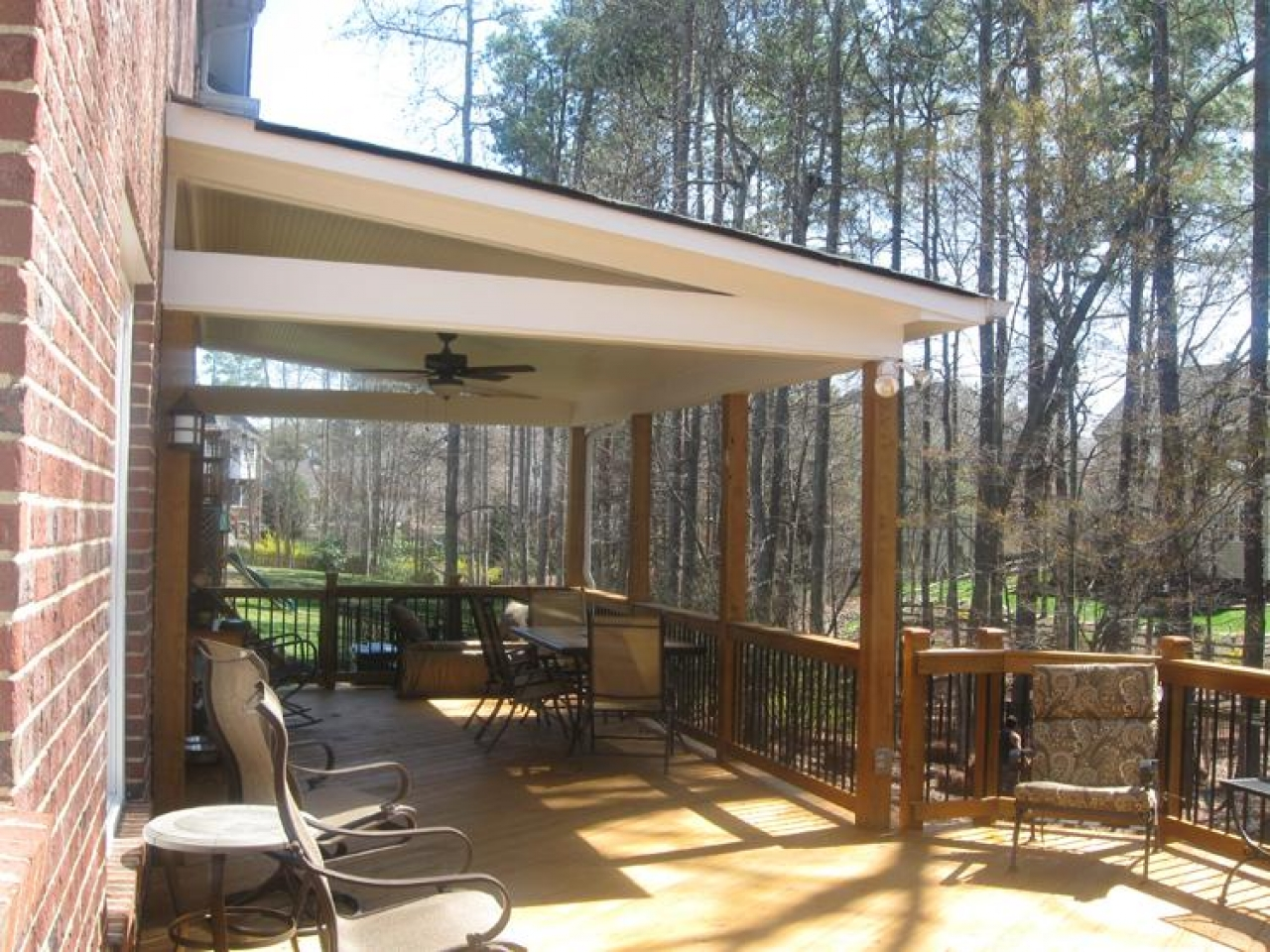 Image of: Outdoor Covered Deck Designs