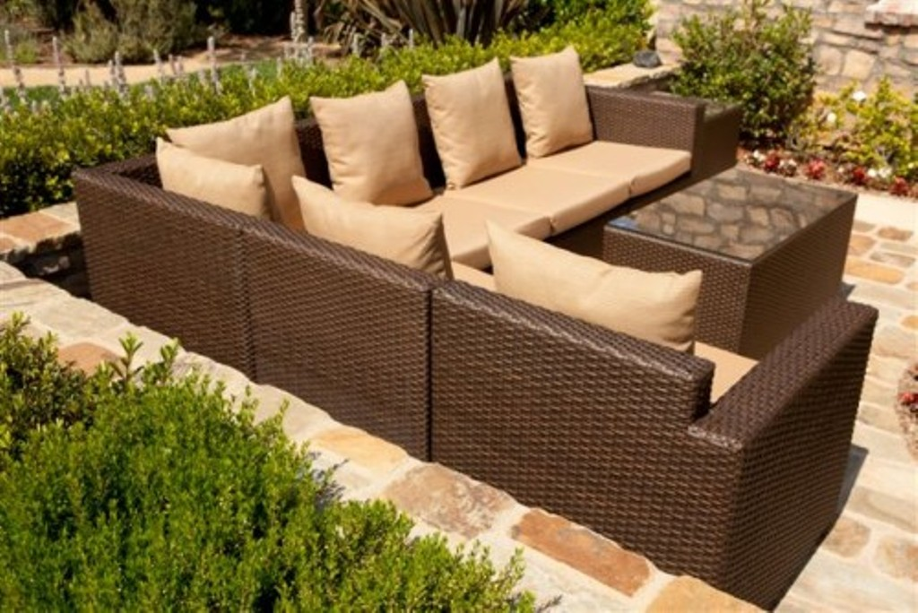 Image of: Outdoor Patio Sectional Furniture Sets