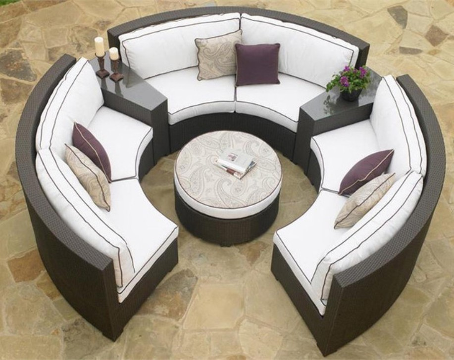 Image of: Outdoor Patio Sectional with Ottoman