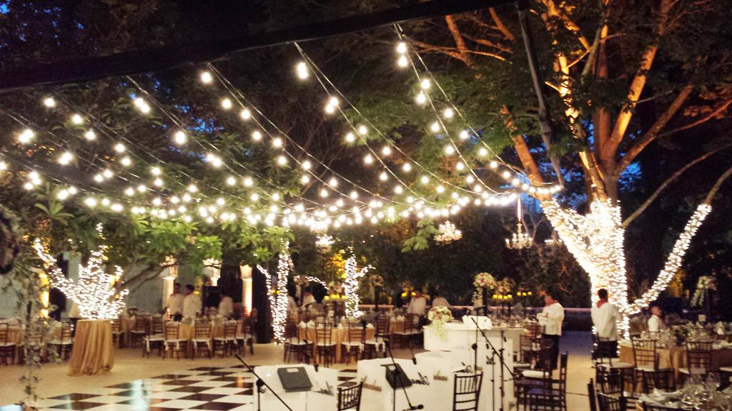 Image of: Outdoor Patio String Lights Lowes