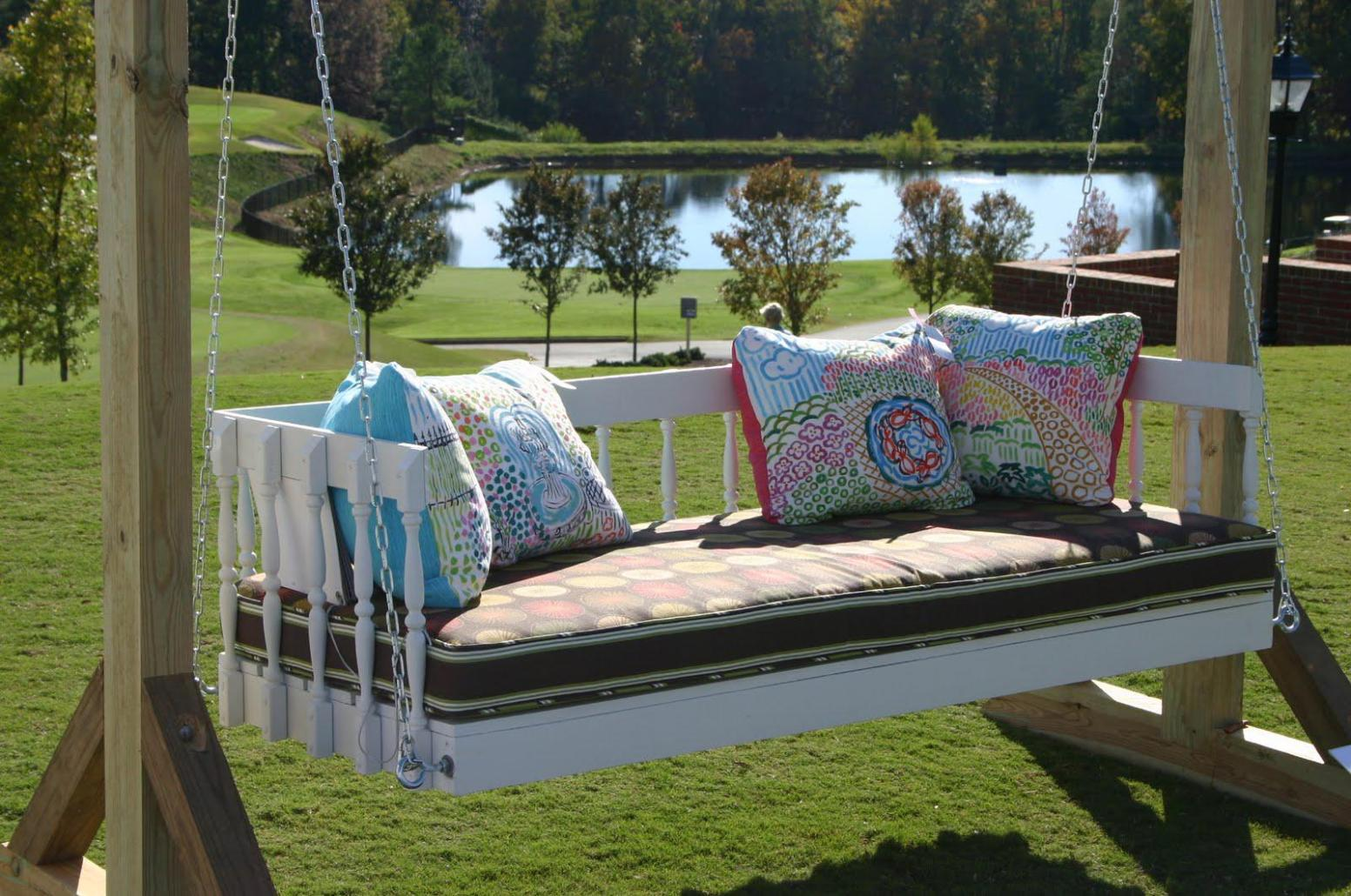 Image of: Outdoor Swing With Canopy Cushions