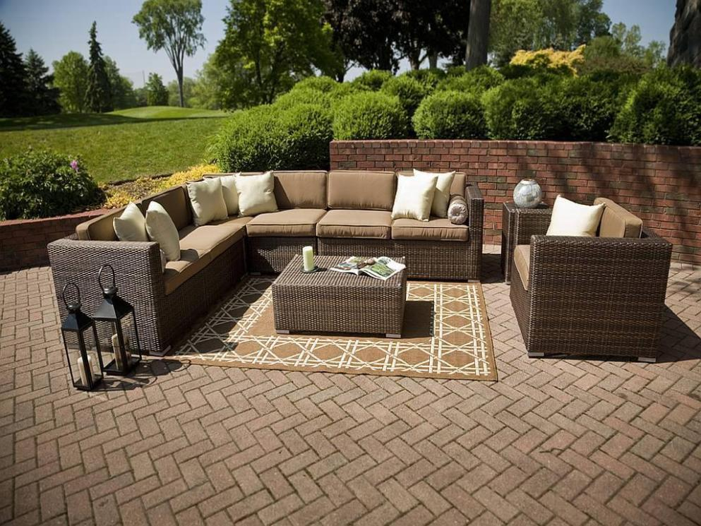 Image of: Outside Furniture Clearance