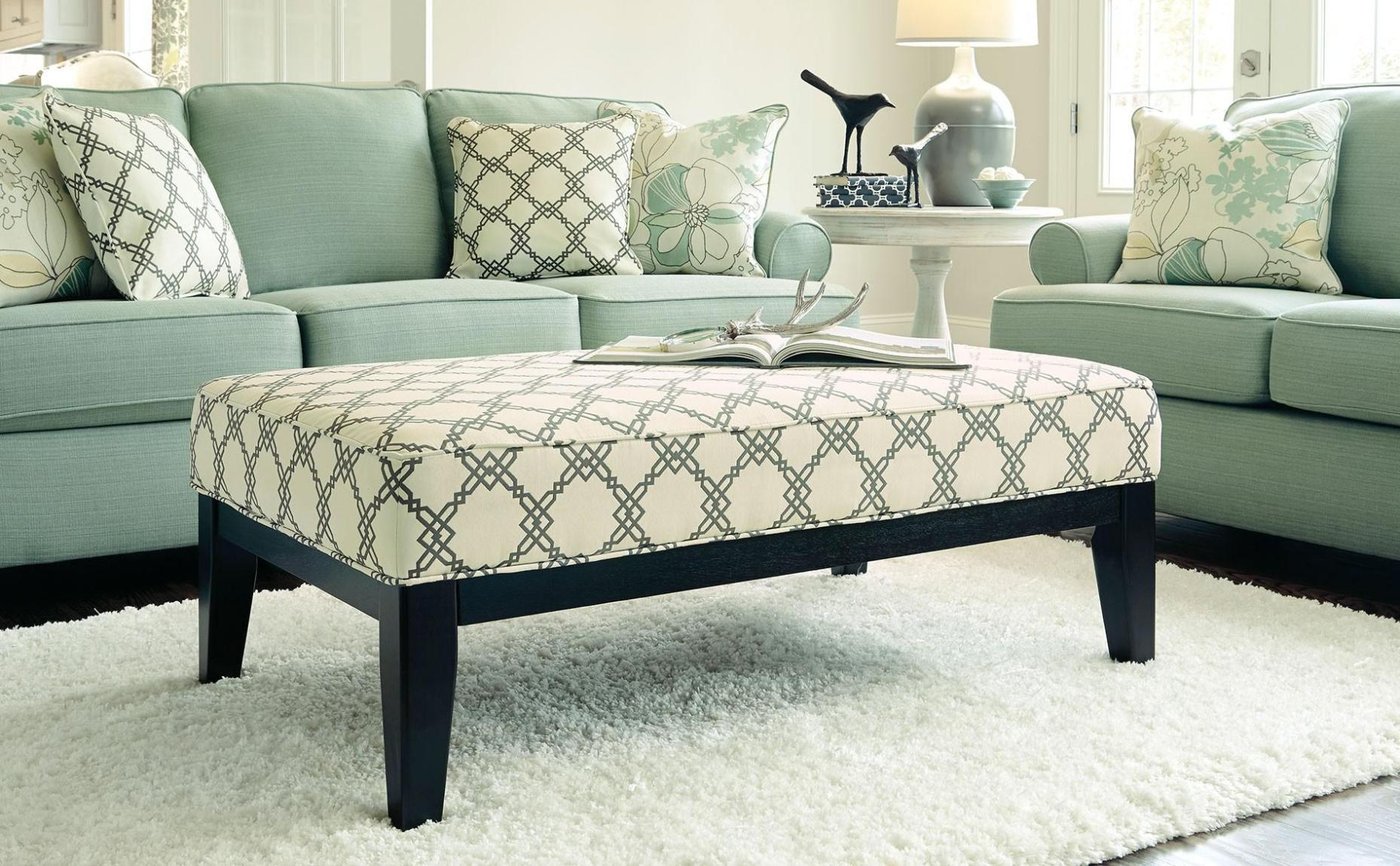 Image of: Oversized Chair And Ottoman Slipcover