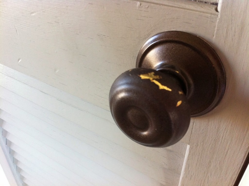 Image of: Painting Bronze Door Knobs