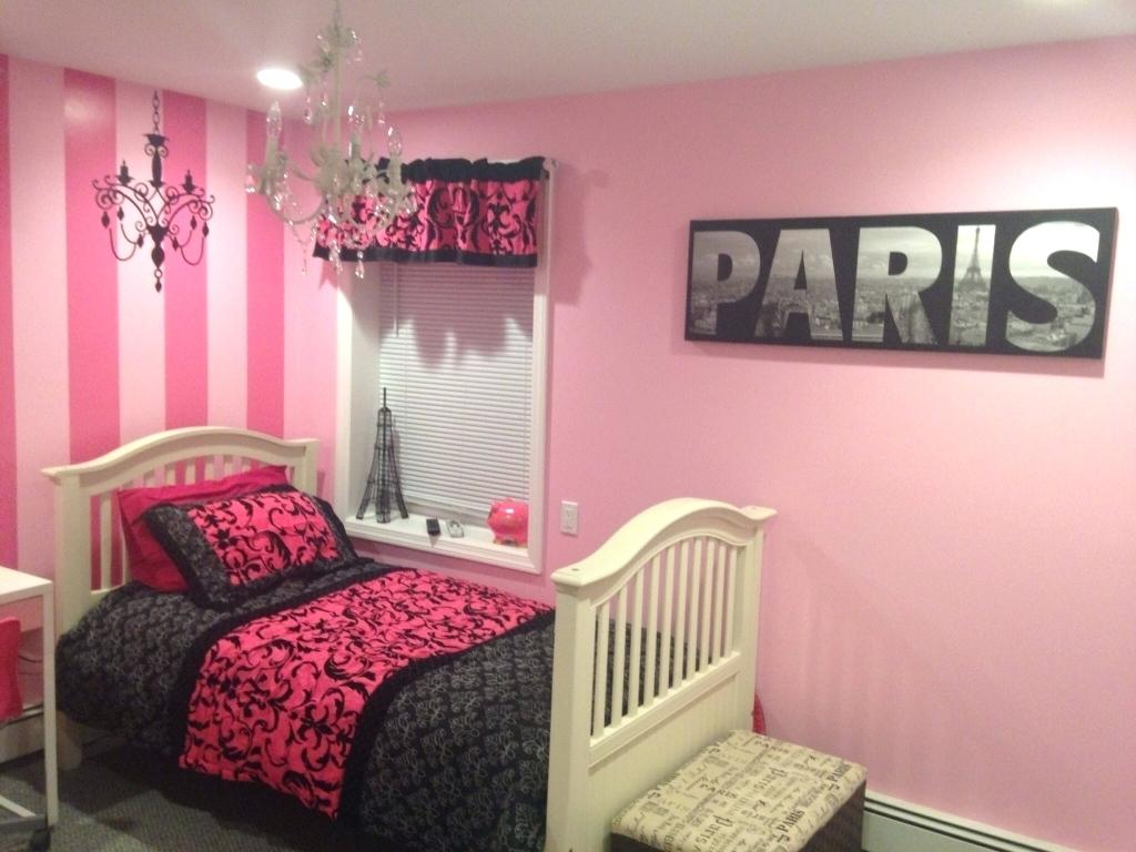 Image of: Paris Themed Bedroom Pictures