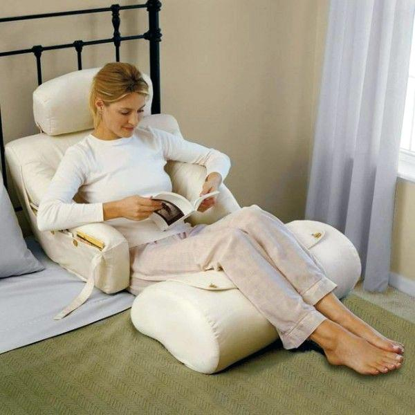 Image of: Pillow To Sit Up In Bed Uk