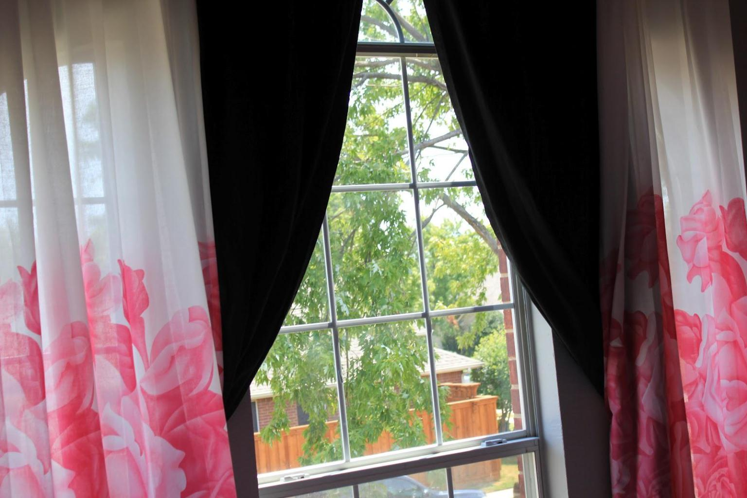 Image of: Pink And White Blackout Curtains