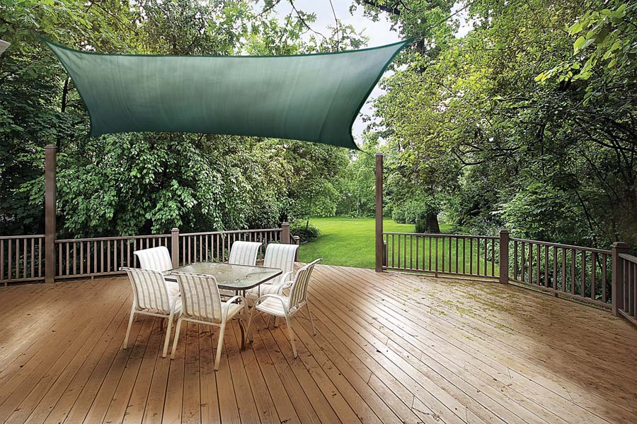 Image of: Popular Awnings for Decks Ideas