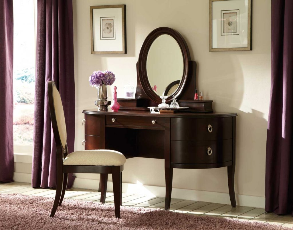 Image of: Popular Modern Dresser with Mirror