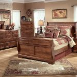 bedroom sets clearance near me