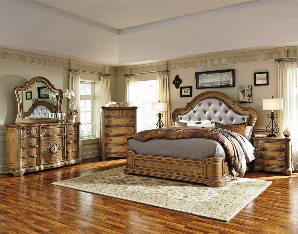 Image of: Pulaski Bedroom Furniture Reviews