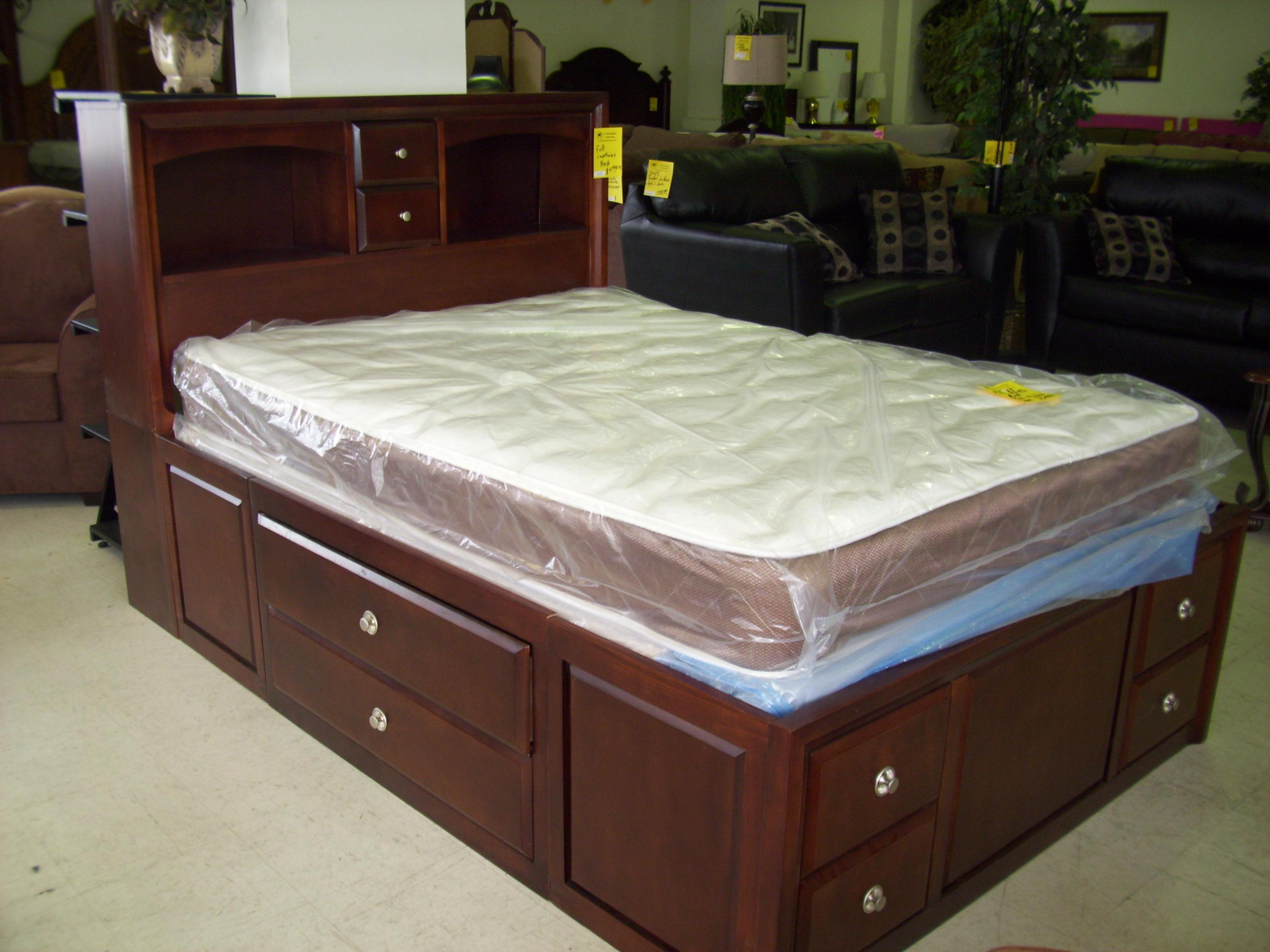 Image of: Queen Captain Bed With Drawers