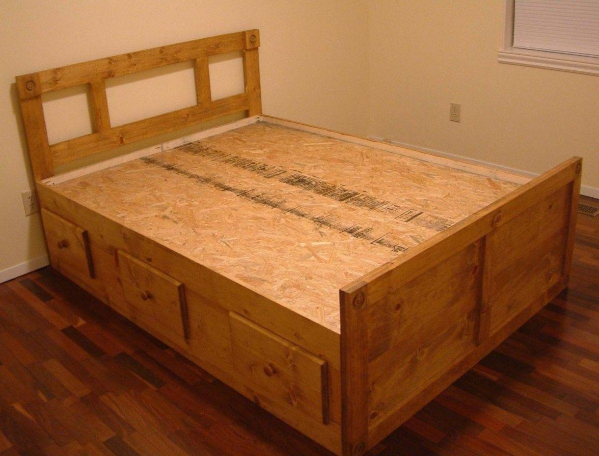 Image of: Queen Size Captains Bed