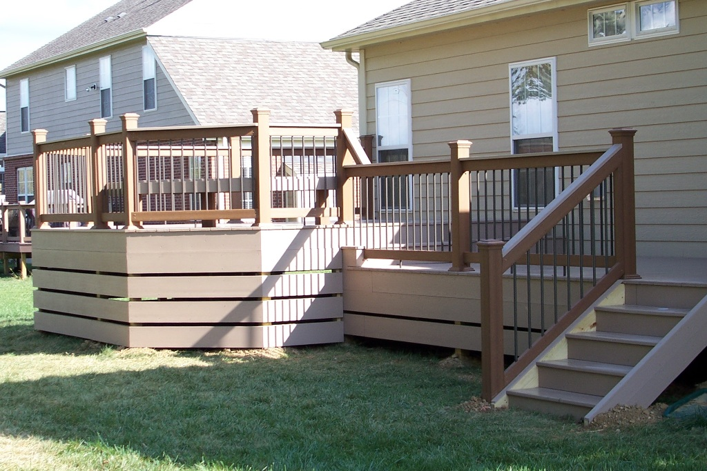 Image of: Raised Deck Skirting Ideas