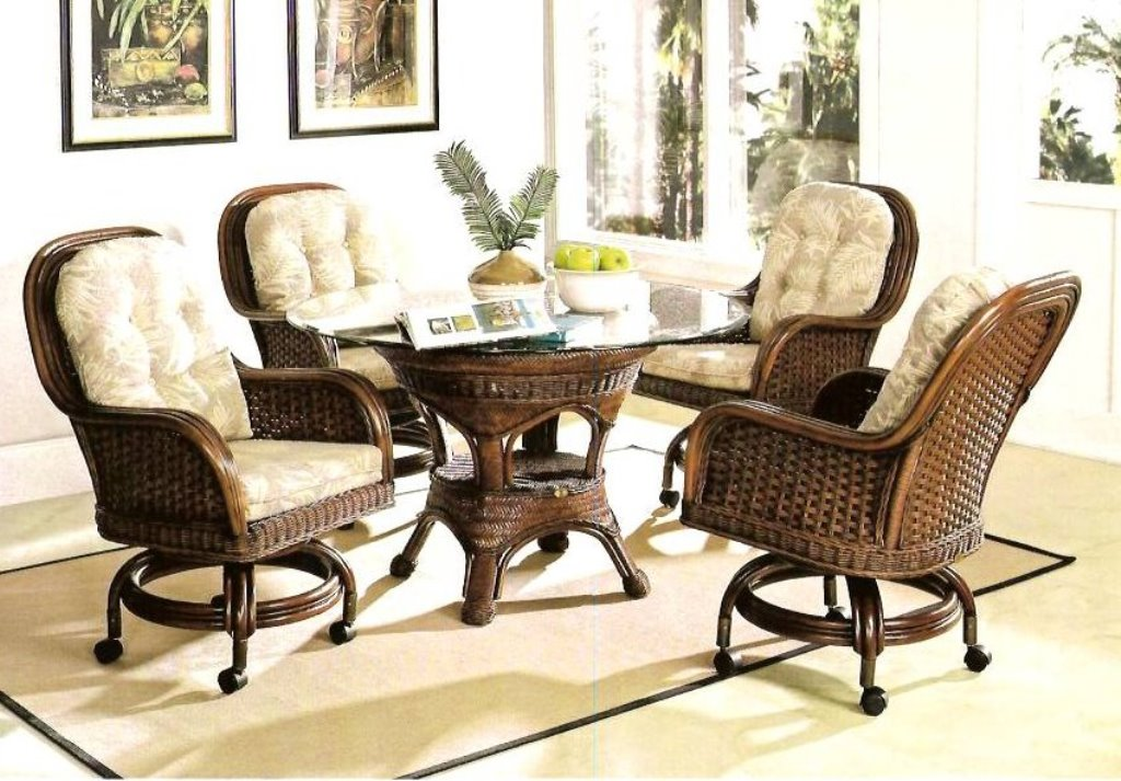 Image of: rattan dining chairs with cushions