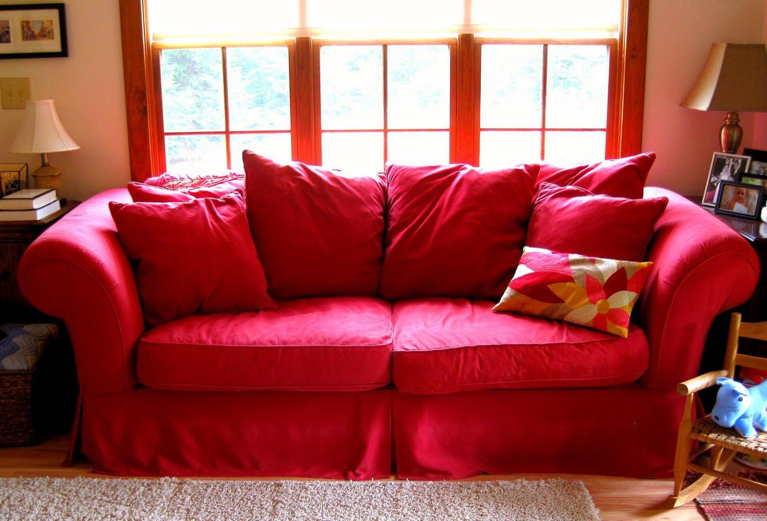 Image of: Red Couch Protector
