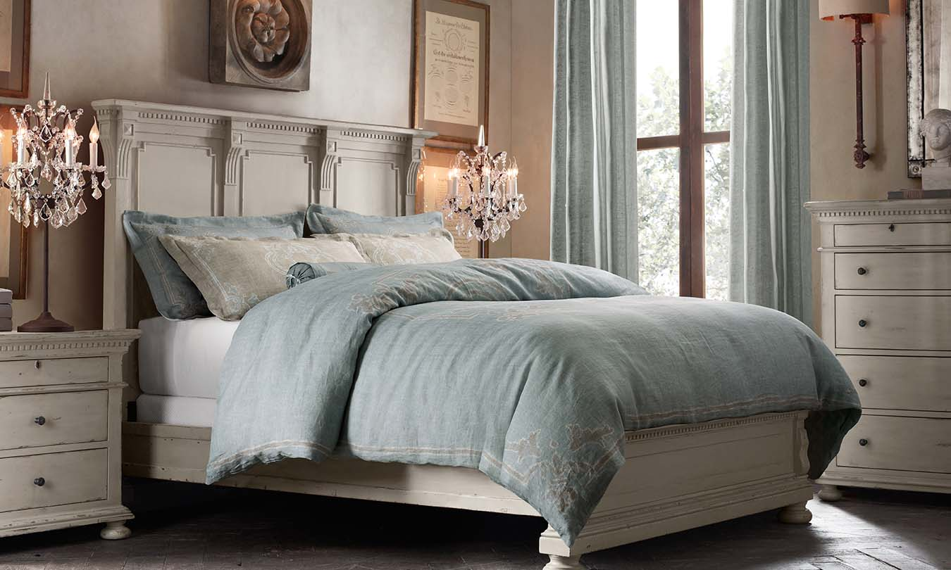 Image of: Restoration Hardware Bedroom Furniture