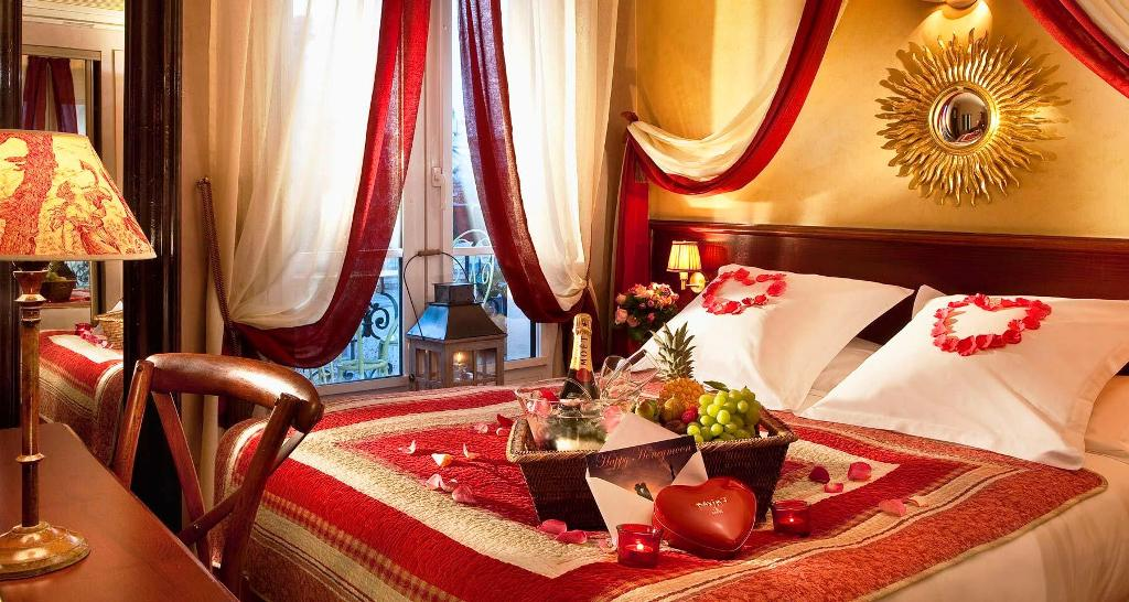 Image of: Romantic Bedroom Decorating Ideas For Valentines Day