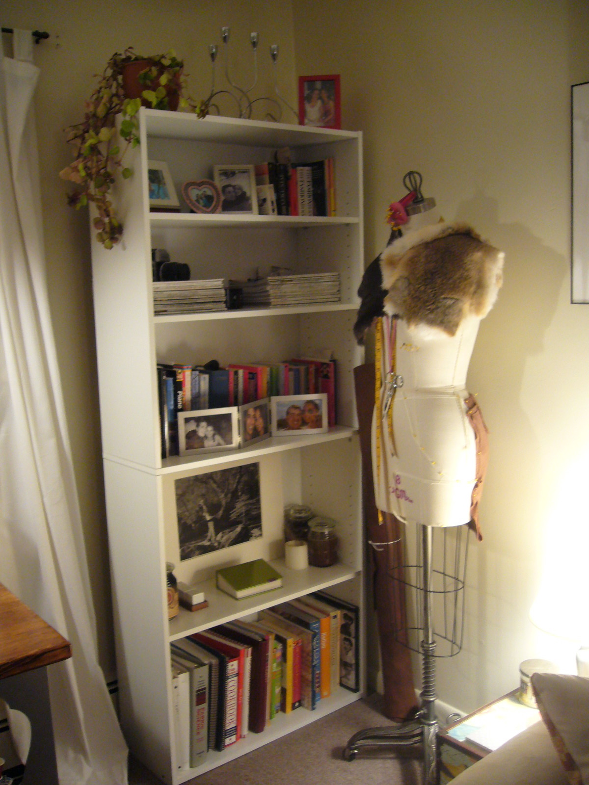 Image of: Room Essentials Bookcase Bedroom