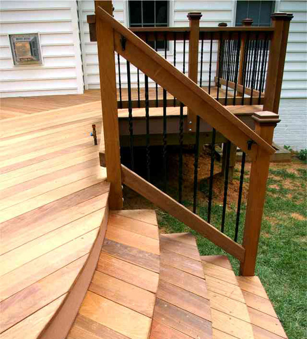 Image of: Round Aluminum Deck Spindles