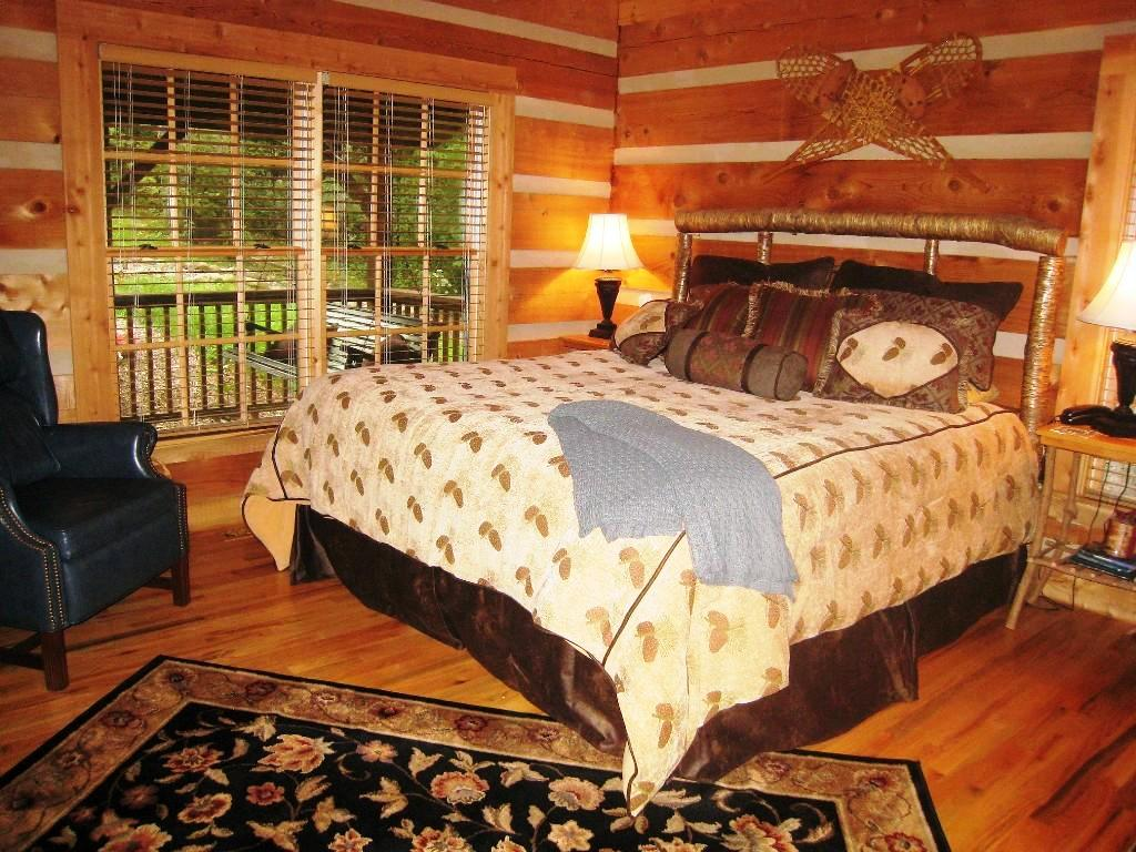 Image of: Rustic Cabin Bedroom Furniture