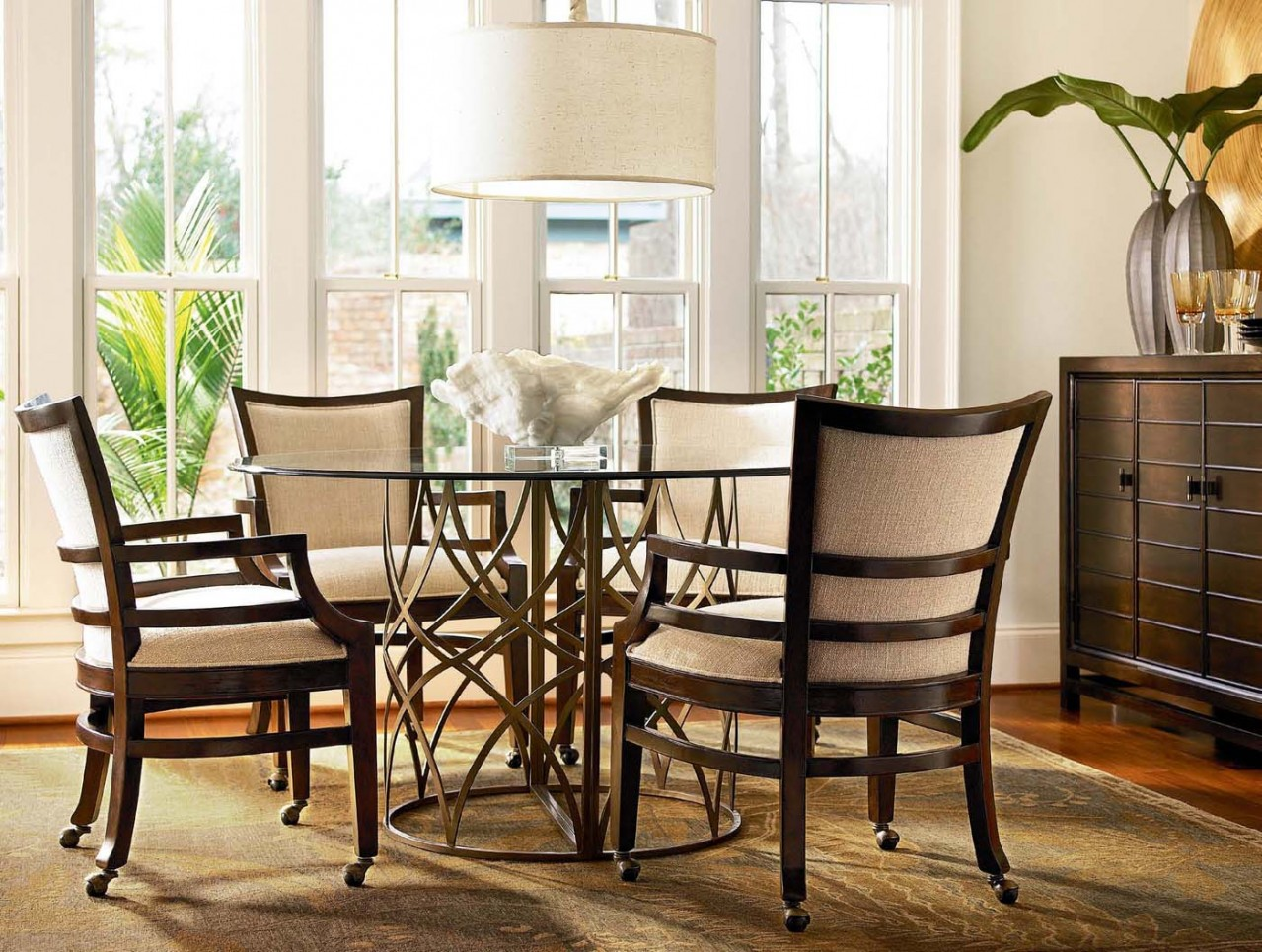 Image of: Rustic Dining Room Chairs With Casters
